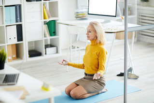 yoga-at-work-XHP3QVZ.jpg