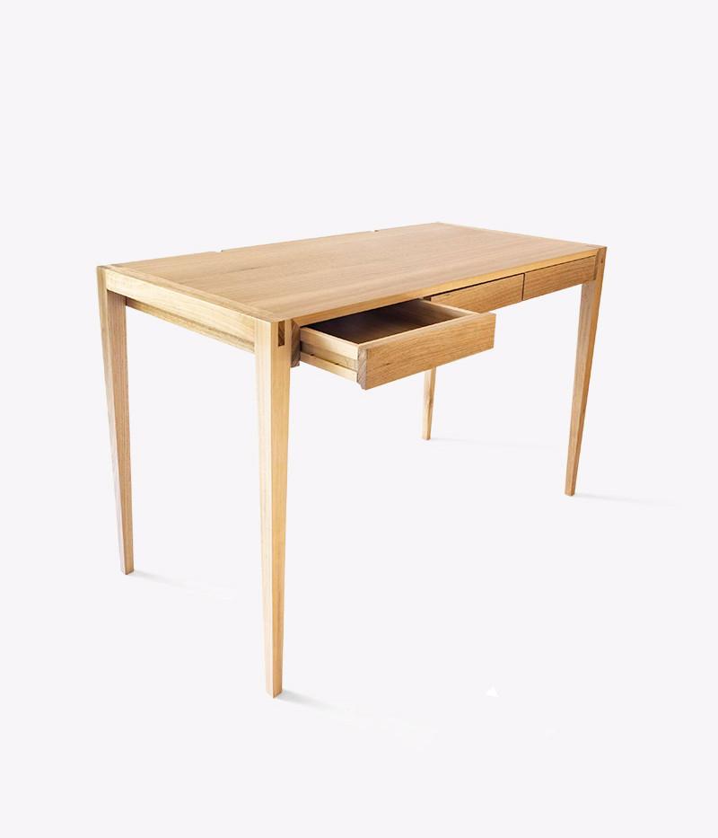 escritorio escorso 3.jpg