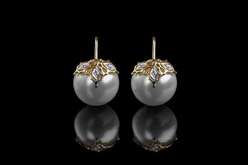 Three Petal Filligri Pearl in White Gold