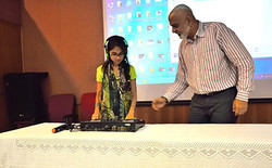 college-student-music-therapy-mumbai