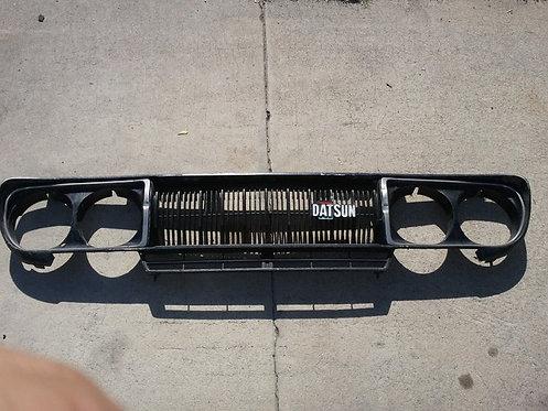 Datsun 710 Grill