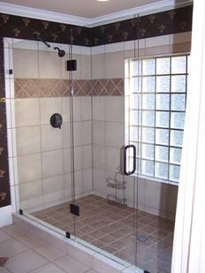 Three piece frameless shower in Ringold