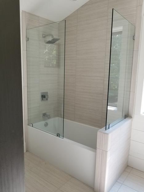 016_shower.JPG