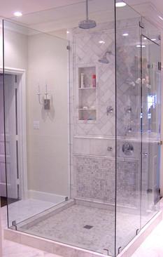 Five piece frameless shower in Signal Mo
