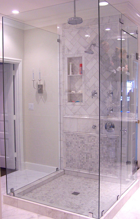 Five piece frameless shower in Signal Mo