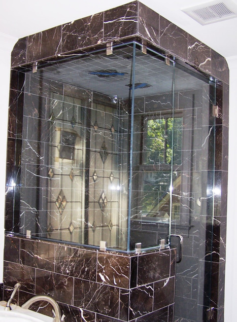 three piece glass frameless shower in te