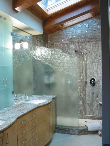 molded pattern cut frameless shower in A