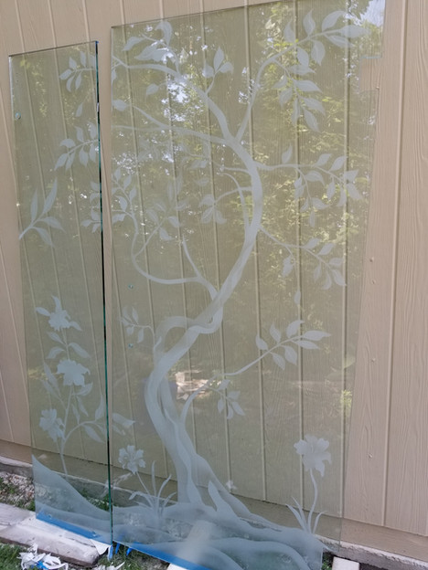 decrative sand blasted etched glas.jpg