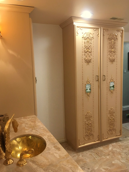 JP Weaver bathroom