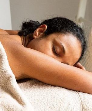 Massage californien à Ker Amice