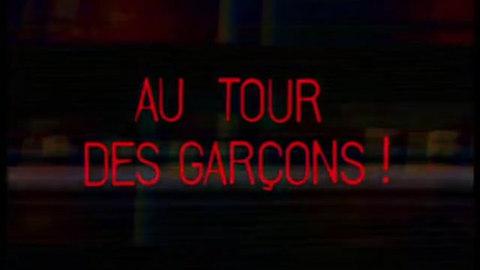 AUTOUR DES GARCONS