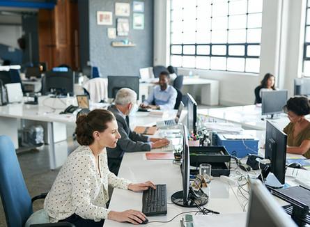 Ar-condicionado desregulado pode prejudicar a produtividade e a saúde dos funcionários
