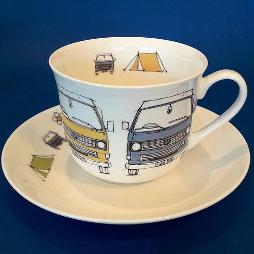 Large Tea Cup & Saucer - T25