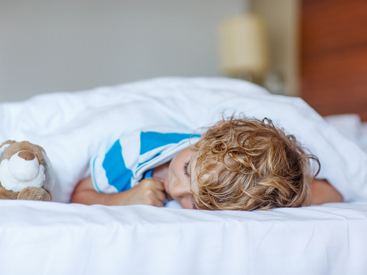 5 Signs Your Toddler is Ready for a Big Kid Bed | Happy Littles Sleep Consulting