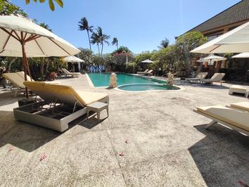 pool side.PNG