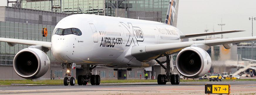 Airbus-A350-000045951022_Medium.jpg