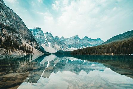 Copy of mountain-winter-reflection-on-la