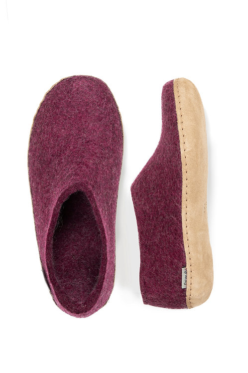 Cranberry, Glerups with heel. Calf skin