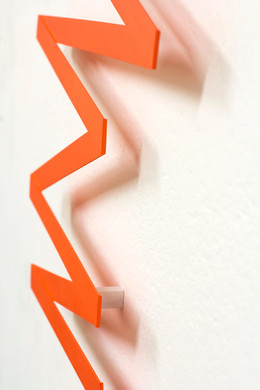 Izabela Kowalczyk, Relief 34, 2020, bois, peinture acrylique, 116 x 63 x 0,5 cm, détail
