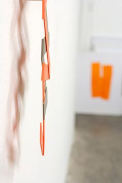 Izabela Kowalczyk, Relief 33, 2020, bois, peinture acrylique, 93 x 50 x 0,5 cm, détail