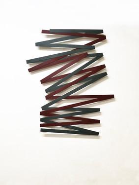 Izabela Kowalczyk, Relief 37, 2021, bois, peinture acrylique, 111 x 96 x 0,5 cm