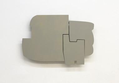 Izabela Kowalczyk, Relief 15, 2014, bois, charnières, peinture acrylique, 70 x 101 x 3 cm