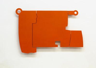 Izabela Kowalczyk, Relief 11, 2014, bois, charnières, peinture acrylique, 99,5 x 140,5 x 3 cm, coll. particulière