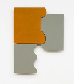 Izabela Kowalczyk, Relief 16, 2014, bois, charnières, peinture acrylique, 104 x 77 x 3 cm
