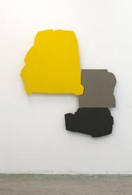 Izabela Kowalczyk, Relief 1, 2012, bois, charnières, peinture acrylique, 150 x 140 x 3 cm