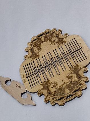 Celtic Engraved Backstrap Heddle w/shuttle