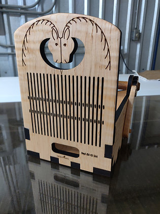 Boxloom w/box joints #8 Horse Curly Maple
