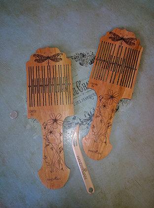 Rigid Heddle Paddle Loom