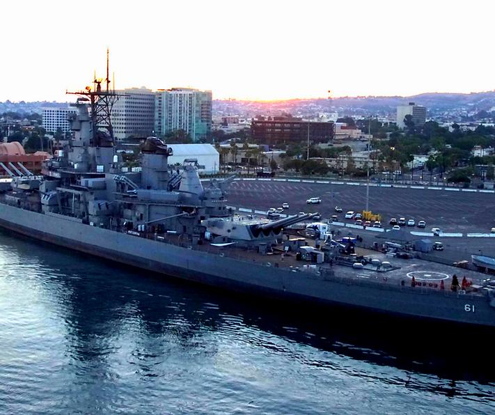 battleship iowa pic 2.png