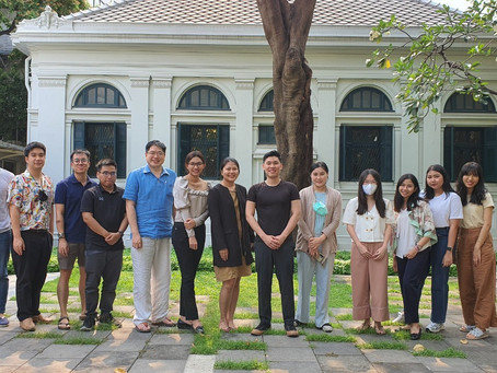 """Storytelling Workshop by """"นวล"""" at Palam Palam TAMAGNO at the Neilson Hays Library"""