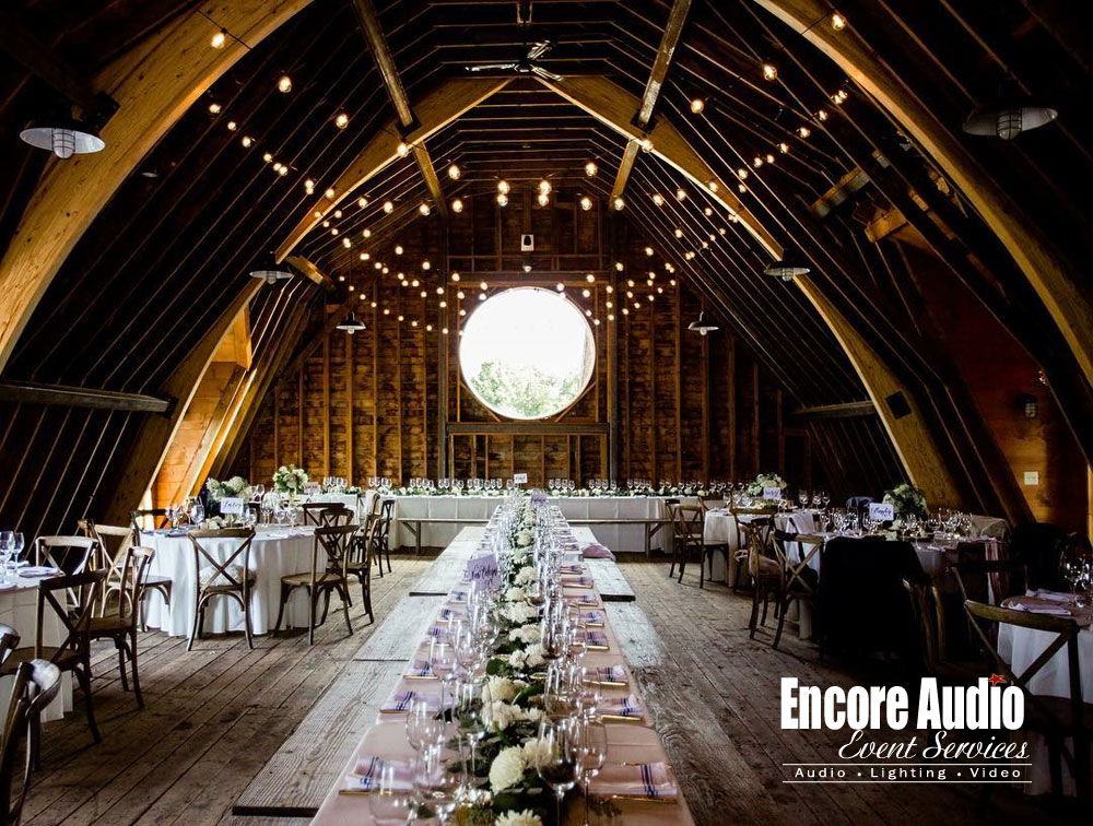 Cricket-Creek-Barn-String-Lighting