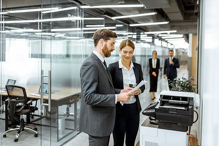 oficina, copiadoras, trabajadores, empleados, trabajadores usando copiadora