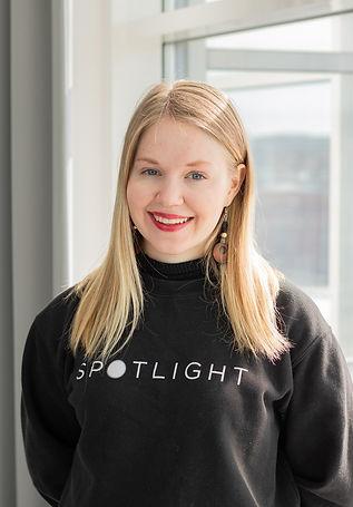 Lotta Blomqvist, Viestintätiimi