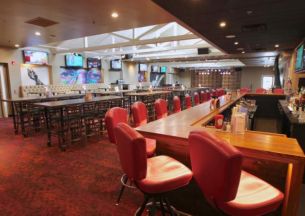 Bar on Right - Dante's
