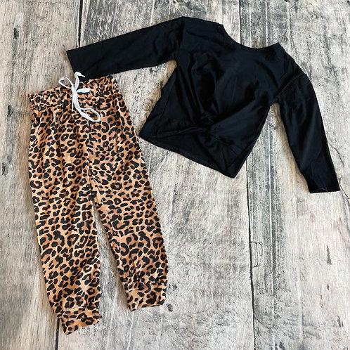 Black Top w/Leopard Joggers