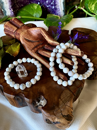 Howlite Healing Crystal Bracelet (8mm)