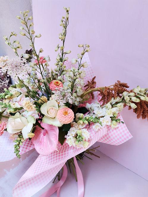 Seasonal Bouquet Pastel