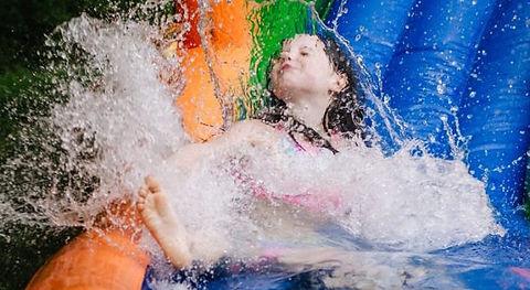 Water-Slides-870x370.jpg
