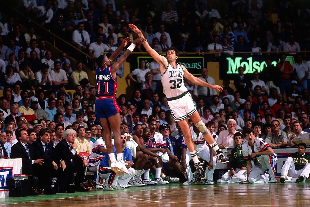 Isiah Thomas Kevin McHale Detroit postone Boston Celtics nba Around the game