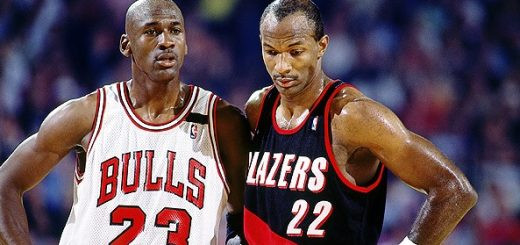Michael_Jordan_Chicago_Bulls_Clyde_Drexler_Portland_Trail_Blazers_NBA_Around_the_Game