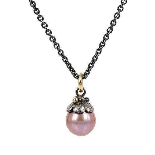 Elegance - Sølv perlevedhæng med guld