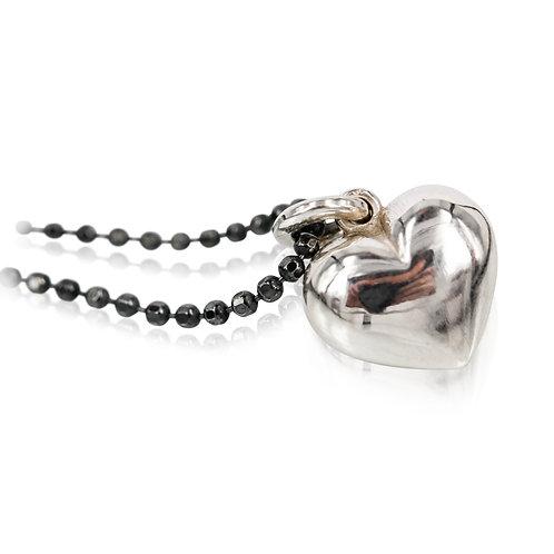 Sølv hjerte vedhæng - LOVE