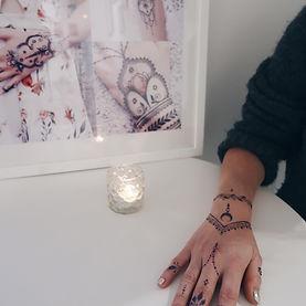 Artiste de Tatouages au Henné