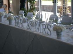 Mr & Mrs - Top Table