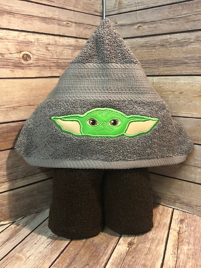 "Baby ""Yoda"" Hooded towel"