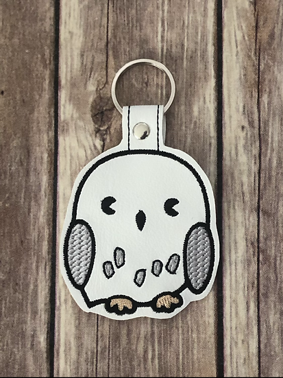 Snowy Owl Chibi Embroidered Key Chain